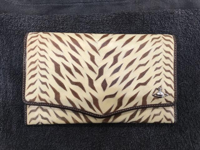 ヴィヴィアン財布柄スレA1